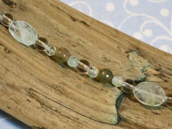 Sternzeichen Wassermann – Perlenmuster mit Aquamarin